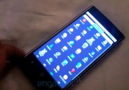 Мощный Android смартфон Dell Thunder - фото и видео